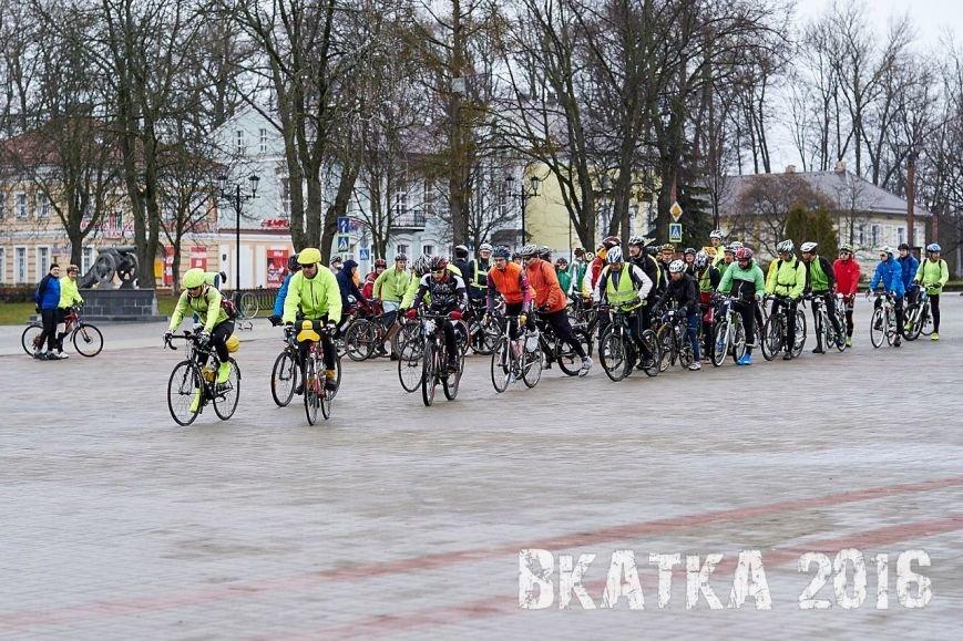 «Дождь никого не испугал». Как велосипедисты в Полоцке «вкатывались» в сезон (фото) - фото 4