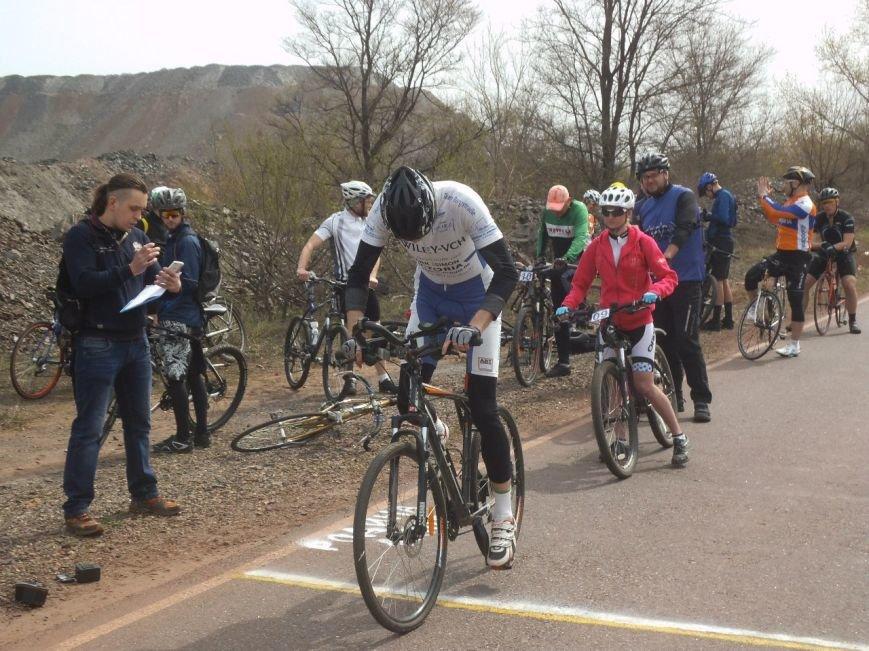 В Кривом Роге состоялась первая в сезоне индивидуальная велогонка (ФОТО, ВИДЕО) (фото) - фото 3