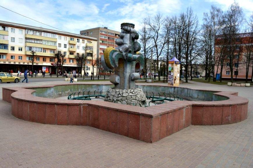 «11 тысяч кубов питьевой воды в год». 1 мая в Новополоцке включат фонтаны, фото-13