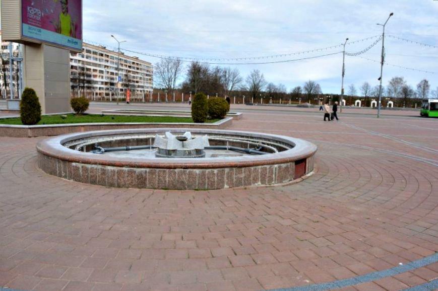 «11 тысяч кубов питьевой воды в год». 1 мая в Новополоцке включат фонтаны, фото-11