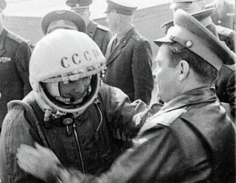 «Это было действительно счастье, настоящий праздник». Воспоминания современников о 12 апреля 1961 года (фото) - фото 3
