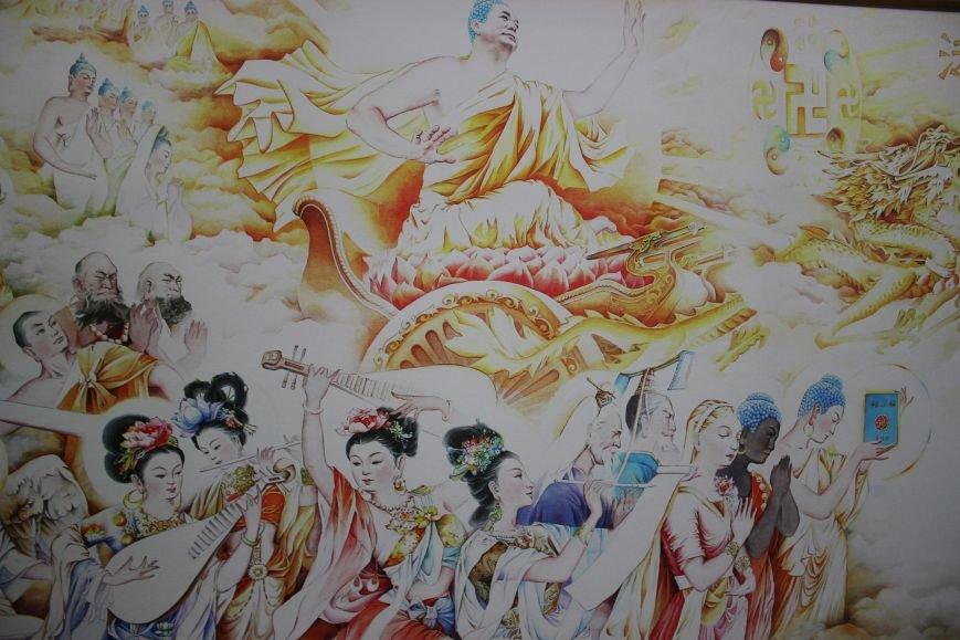 В Днепропетровске открылась нашумевшая выставка китайского сюрреализма: как журналисты искали в филармонии сектантов (ФОТО), фото-6
