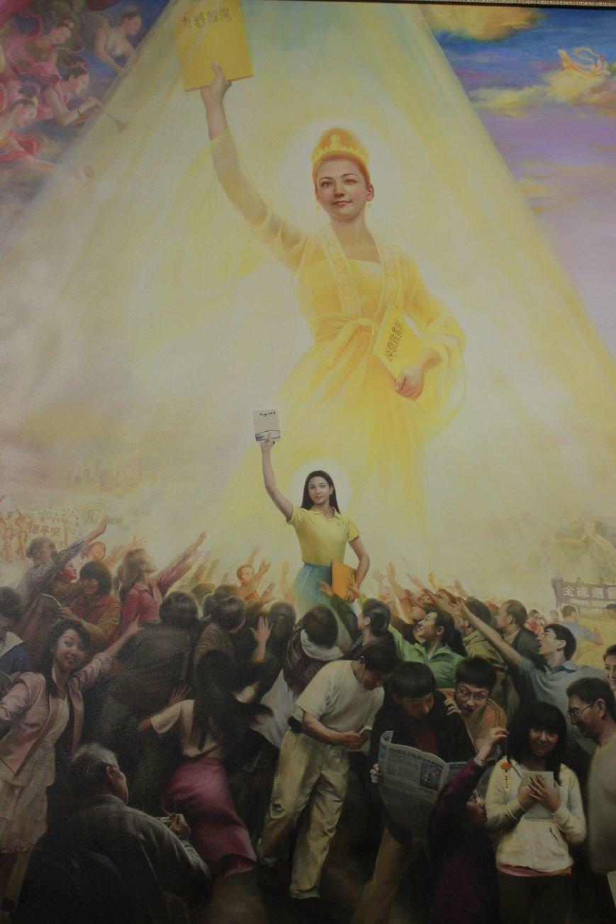 В Днепропетровске открылась нашумевшая выставка китайского сюрреализма: как журналисты искали в филармонии сектантов (ФОТО), фото-29