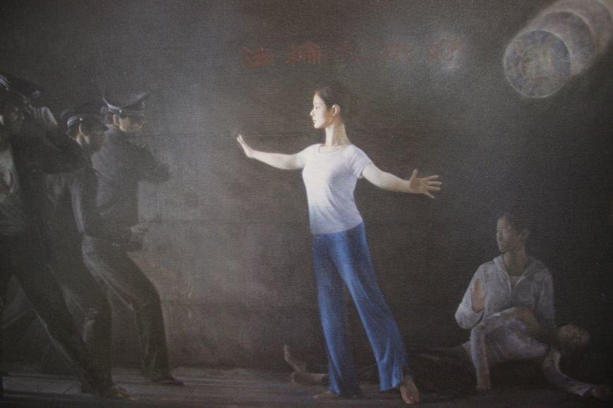 В Днепропетровске открылась нашумевшая выставка китайского сюрреализма: как журналисты искали в филармонии сектантов (ФОТО), фото-26