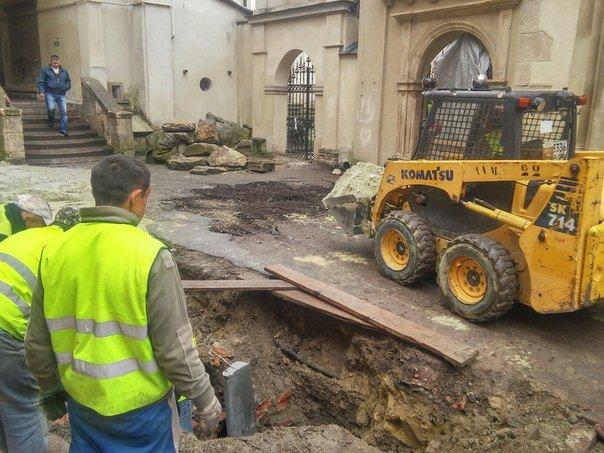 У Львові розпочали реставрувати Вірменське подвір'я (ФОТО) (фото) - фото 6