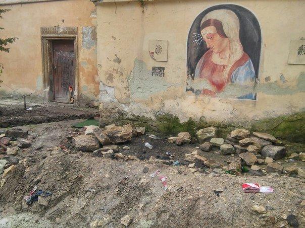 У Львові розпочали реставрувати Вірменське подвір'я (ФОТО) (фото) - фото 5