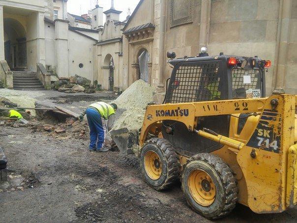 У Львові розпочали реставрувати Вірменське подвір'я (ФОТО) (фото) - фото 8