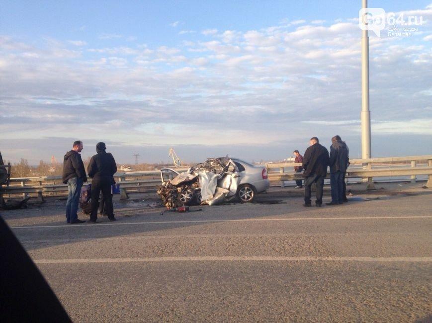 В ДТП на мосту в Балаково погиб 22-летний парень, а 4 человека пострадали (ФОТО, ВИДЕО) (фото) - фото 3
