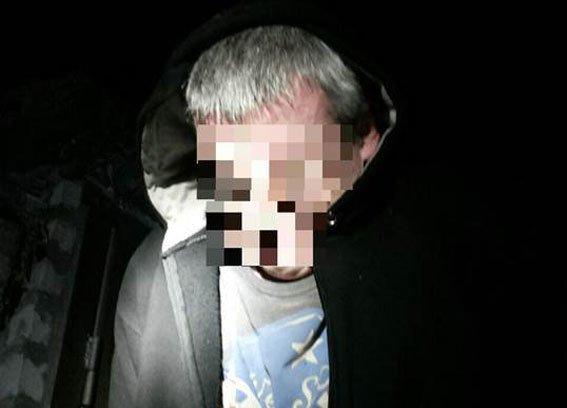 В Кременчуге отчаявшийся вор пытался отбиться от полицейских отвёрткой (ФОТО) (фото) - фото 1