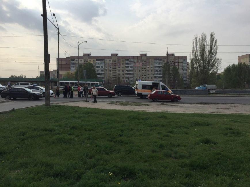 ДТП на Донецком шоссе: Volkswagen на переходе сбил ребенка (ФОТО), фото-2