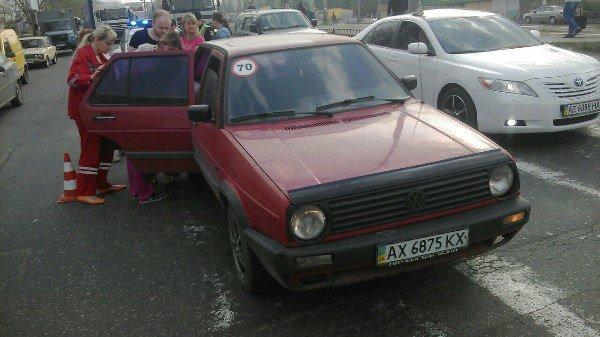 ДТП на Донецком шоссе: Volkswagen сбил ребенка (ФОТО) (фото) - фото 4