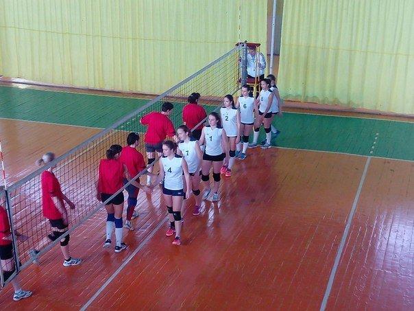 Волейболистки из Красноармейска (Покровска) и района выбороли победу на Чемпионате области (фото) - фото 2