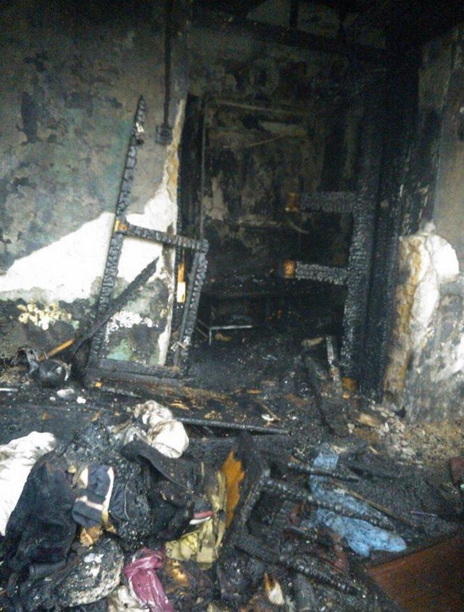 Поблизу Тернополя вщент згорів будинок. Сім'я залишилася на вулиці (фото) - фото 2