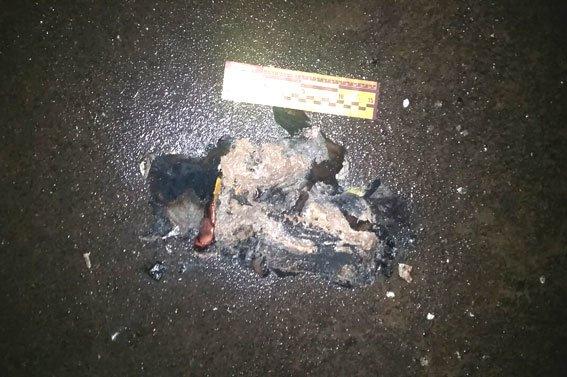 У Рівному невідомі підпалили іномарку (ФОТО) (фото) - фото 3