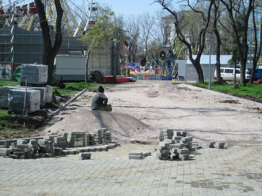 d5305f431c48523982340ec6f3b3e927 Одесский парк Шевченко отпугивает туристов