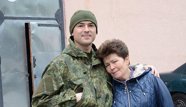 Загін тернопільських правоохоронців вирушив в зону АТО (ФОТО) (фото) - фото 1