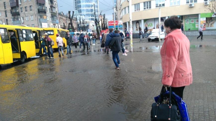В Днепропетровске прошел град и подтопило улицы (ФОТО) (фото) - фото 5