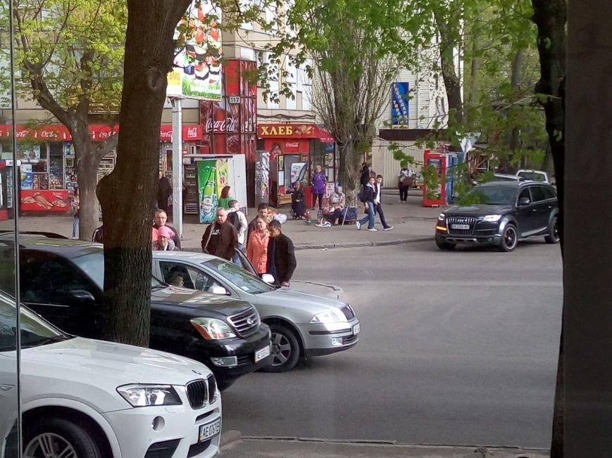 ДТП на пр.Гагарина: водитель легкового авто сбил маленькую девочку (ФОТО) (фото) - фото 1