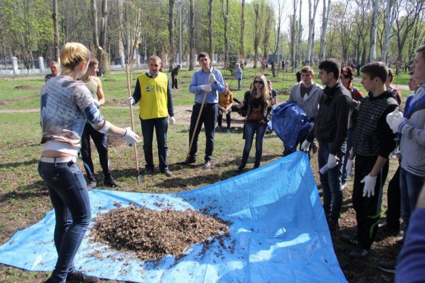 Сегодня в Кременчуге молодёжь начала наводить порядки в городских парках (фото и видео), фото-5
