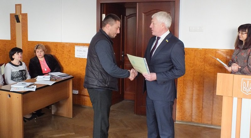 У Черкасах сім'ї учасників АТО отримали ордери на квартири від держави (ФОТО), фото-1