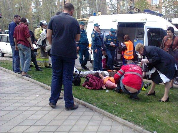 В Донецке столкнулись два трамвая, есть пострадавшие (фото) (фото) - фото 2