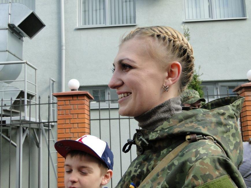 Хмельницьких спецпризначенців відправили у зону: серед них двоє дівчат АТО (Фото) (фото) - фото 1