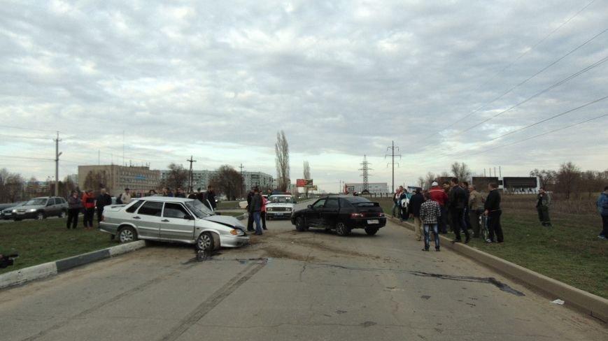 В Балаково погиб мужчина, которому стало плохо за рулем (ФОТО) (фото) - фото 2