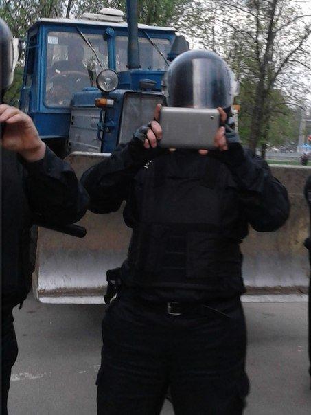На Научной коммунальщики пытались снести приют Быстриченко (ФОТО) (фото) - фото 1