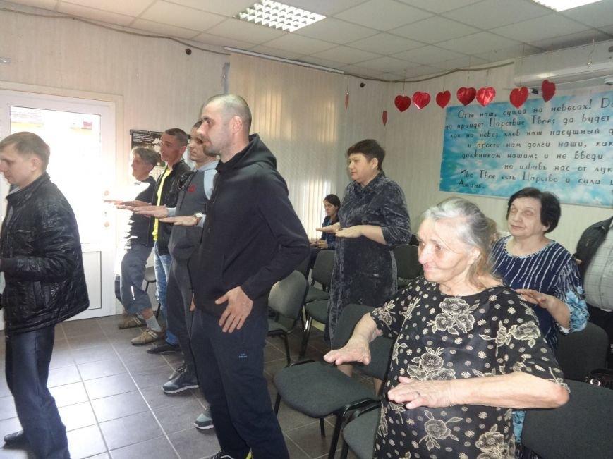 В Краматорск приезжал известный мануальный терапевт, фото-1