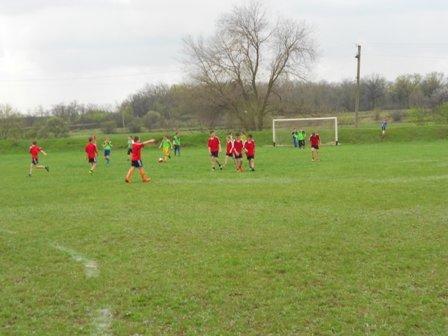 Юный футболисты из Кривого Рога победили в зональном областном турнире (ФОТО) (фото) - фото 1