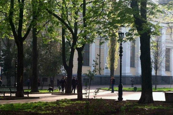 В Одессе чуть не «рванула» Соборная площадь (фото) - фото 1