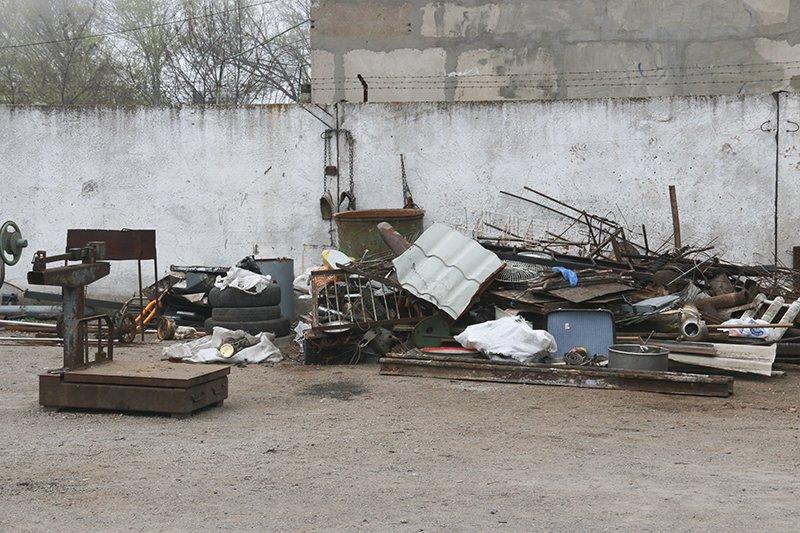 """В Мариуполе полиция обнаружила нелегальные """"металлоприемки"""" (ФОТО), фото-8"""