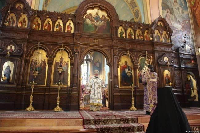 В Иерусалиме архиерей Днепродзержинской епархии в Троицком соборе Русской Духовной Миссии помолился за Украину (фото) - фото 8