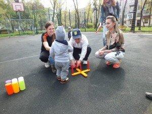 У Тернополі вперше відбулась акція «А у нас у дворі» (фото) (фото) - фото 1