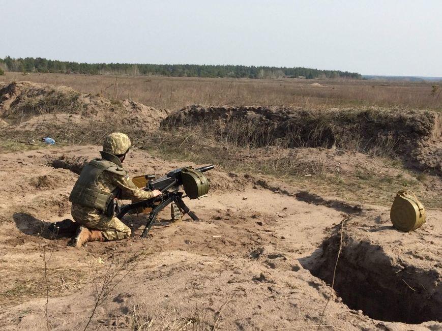 Под Полтавой состоялись военные учения (фото) - фото 1