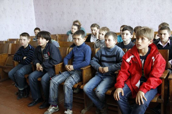 Каждый пятый ребенок в Донецкой области - переселенец (фото) - фото 8