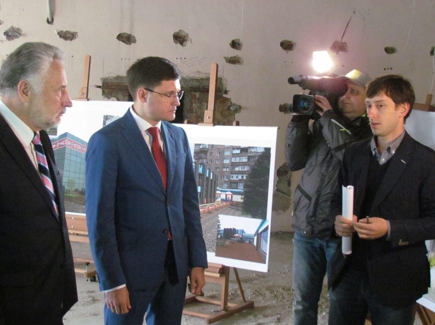 Павел Жебривский проверил строительство центра административных услуг в Мариуполе (ФОТО), фото-1