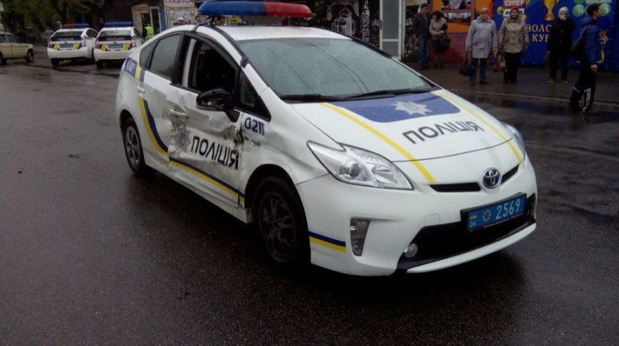 ДТП на ж\м Тополь: столкнулись полицейская Toyota и ВАЗ 2106 (ФОТО) (фото) - фото 3