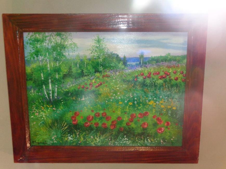 Буйство красок в каждом мазке кисти: в Красноармейске представили художественную выставку «Весенний вернисаж» (фото) - фото 2