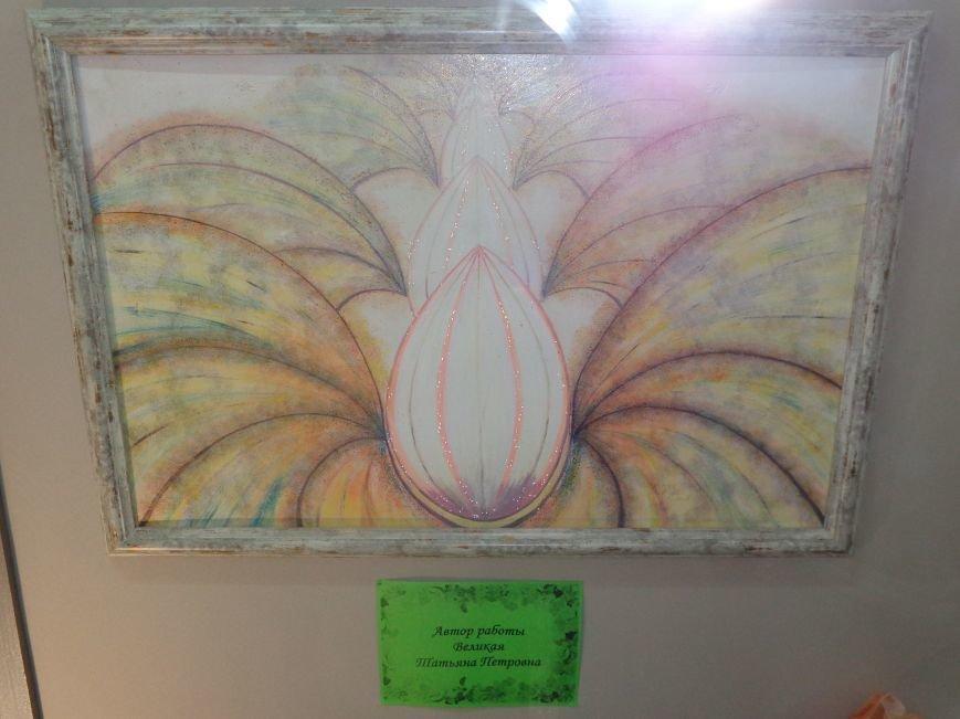 Буйство красок в каждом мазке кисти: в Красноармейске представили художественную выставку «Весенний вернисаж» (фото) - фото 12
