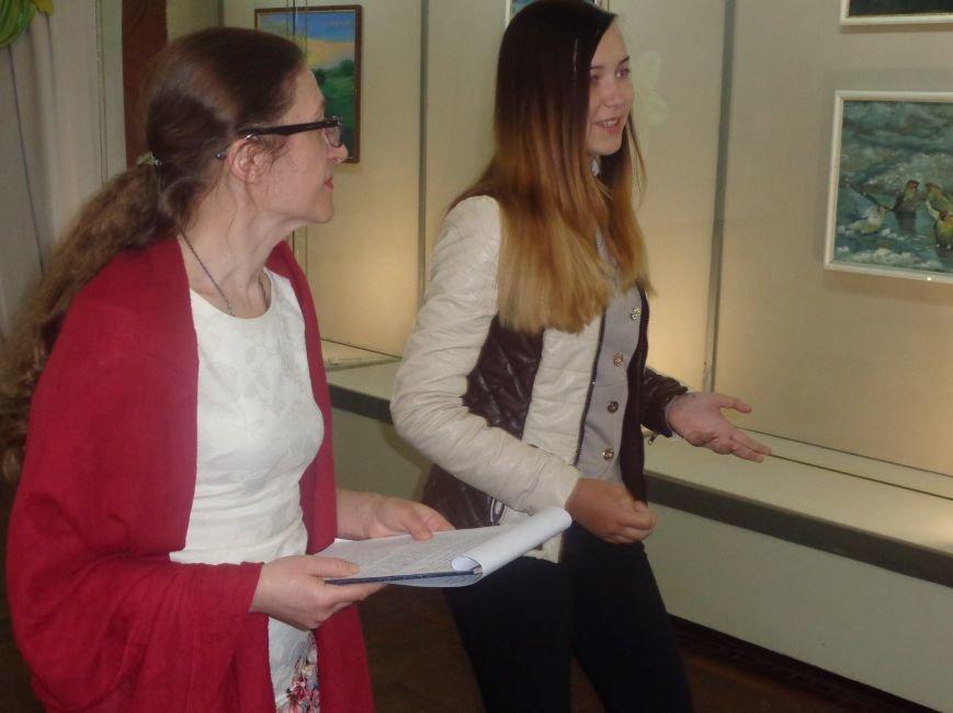 Буйство красок в каждом мазке кисти: в Красноармейске представили художественную выставку «Весенний вернисаж» (фото) - фото 8
