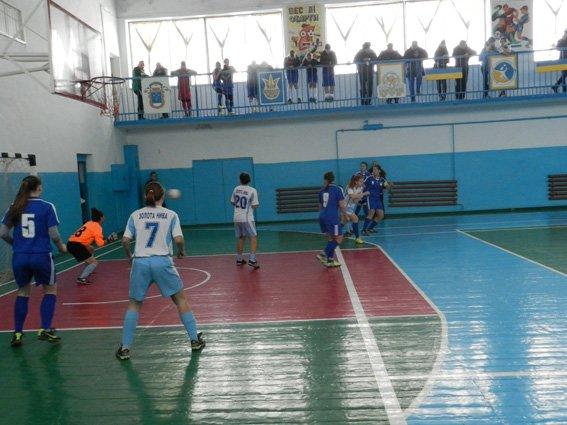 Почти две тысячи юных спортсменов приняли участие в соревнованиях по футзалу (фото) (фото) - фото 1