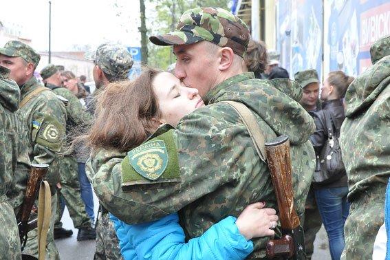 Полицейские Кременчуга и Полтавы отправились на восток Украины (ФОТО) (фото) - фото 5