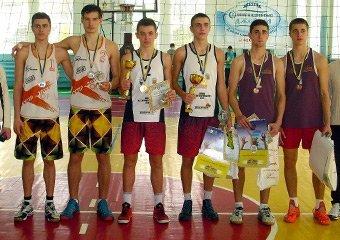 Рівняни – чемпіони України з волейболу пляжного серед юнаків (фото) - фото 1