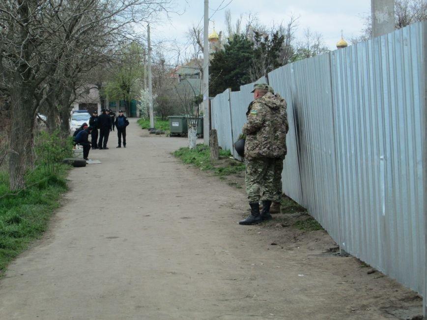 59d8c8b875d3e50912ffe9ed3b86a3df В одесском парке продолжается силовое противостояние