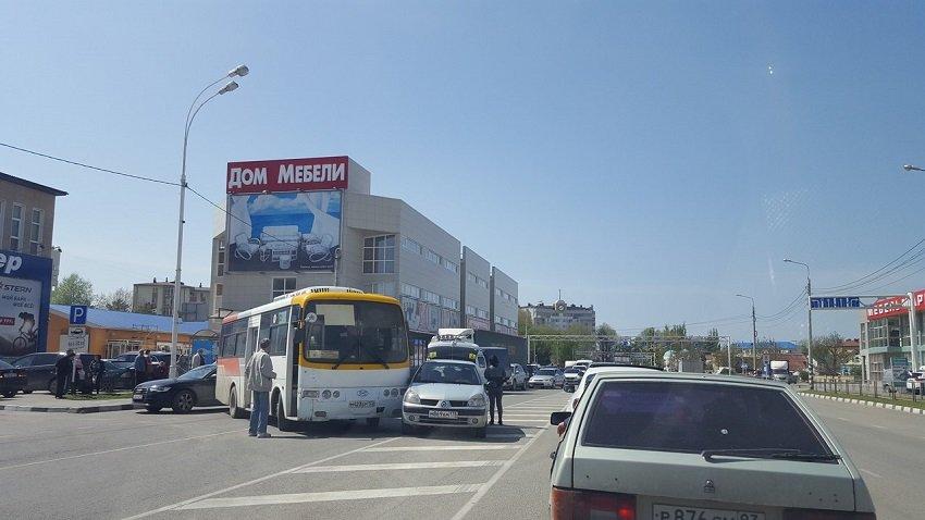 Почему автобусы в Анапе стоит пропускать (фото) - фото 1
