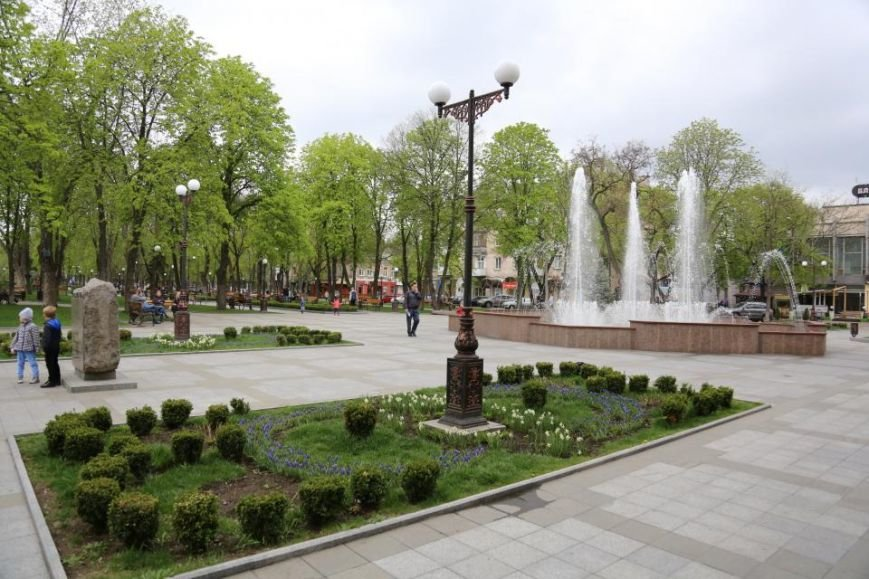 Ура! Кременчугский светомузыкальный фонтан уже «проснулся» от зимней спячки, фото-2