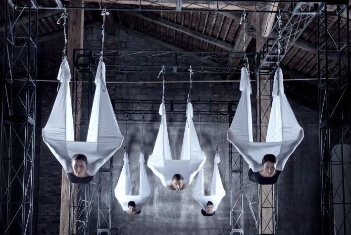 Новинкой для Житомира в этом сезоне стала Fly-йога (фото) - фото 3
