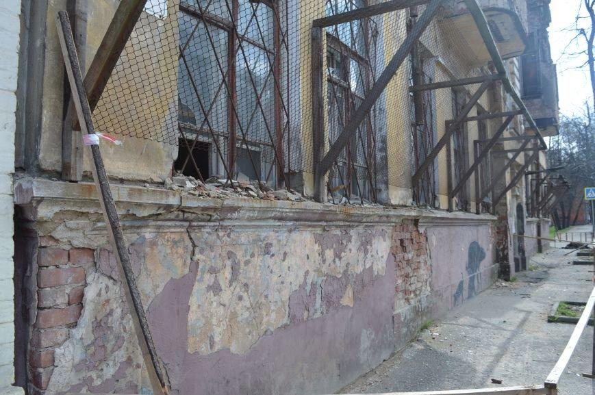 Полуразрушенные исторические здания в районе железнодорожного вокзала в Витебске., фото-1