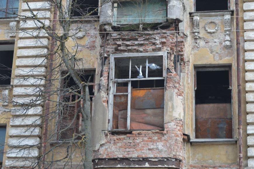 Полуразрушенные исторические здания в районе железнодорожного вокзала в Витебске., фото-3